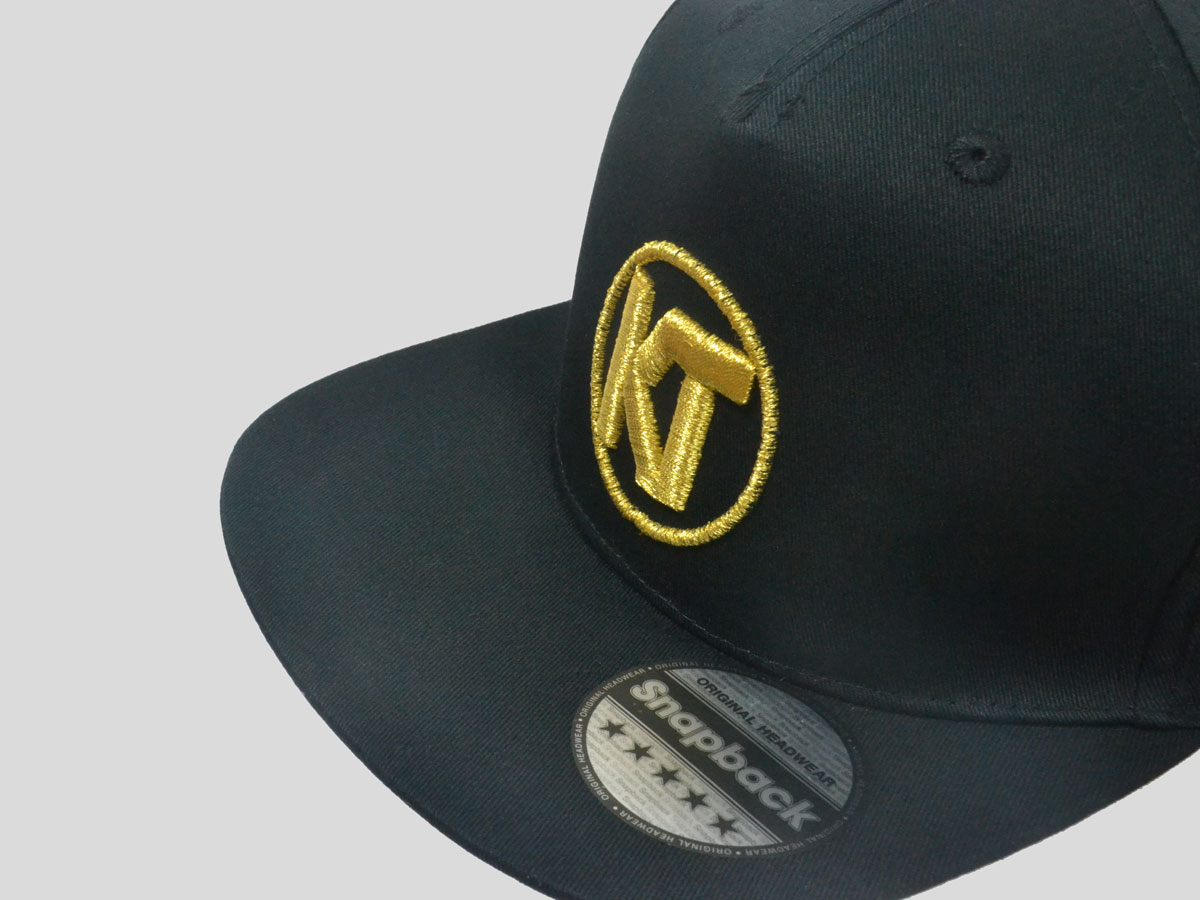 Official Team KT Snapback Cap - All Black with Gold Logo - Katie Taylor 421035c846d