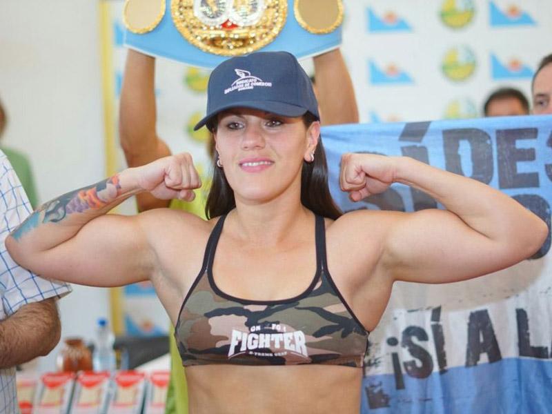 IBF Champion Victoria Bustos